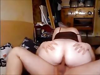 18 Years Old Boy Fucking Girlfriends Mom Creampied