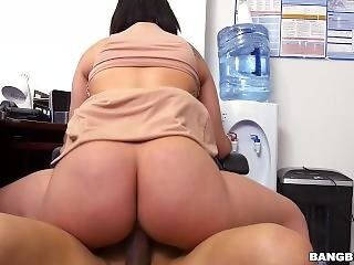 Rough Office Fuck With Kitty Caprice