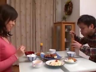 Japan Mom2