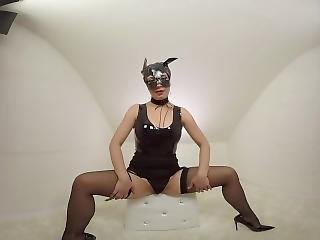 Teressa Bizare Masturbate In Whitebox - Premium Clips Trailer - 3dvr180 Sbs
