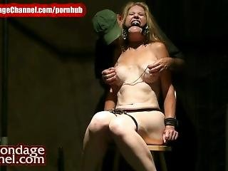 Stripper gets handjob and cums on stage