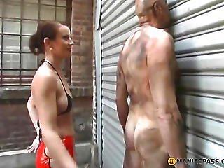 Smear Mud Peasant Girl