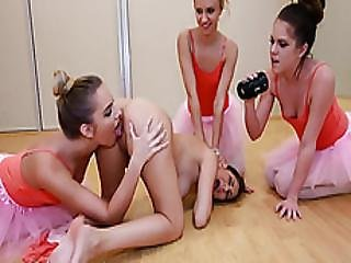 Bigtit Ballerina Licked Out By Bffs