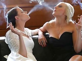 Smoking Fetish - Friends