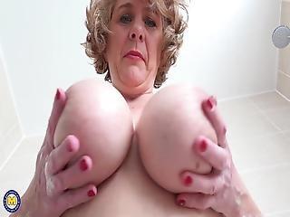 British Mom With Perfect Big Boobs