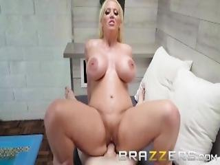 Curvy Milf Seduces A Young Dude For A Hot Tub Fuck Brazzers