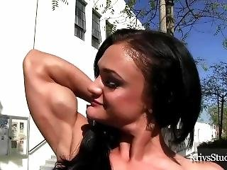 Try Not To Cum Hard To This Muscle Girl Beauty