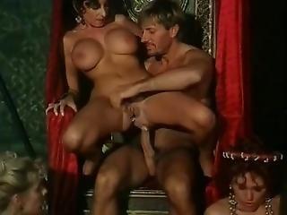anaal, kont, dikke kont, dikke borst, dikke tiet, borst, lul, europeaans, gangbang, milf, orgie, porno ster, trio, jong