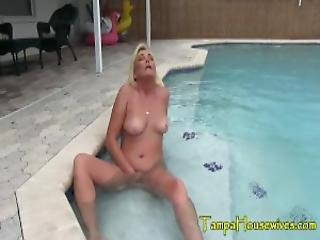 Public Masturbation And Smoking Orgasms