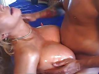 Huge Tits Milf Titfucking