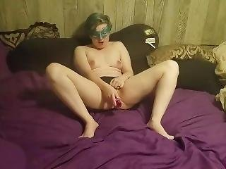 Teen Toying Pussy And Cums Hard With Heart Plug In