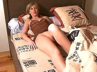 Amateur Wife Gets Fucked In The Ass
