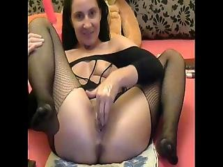 Amateur Webcam Girl Fisting