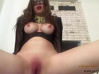 Close Up Fast Clit Rubbing Pussy Masturbation In Amateur Cosplay Costume