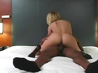 Bbc Gorgeous Wife Is Being Fuckign For Black Man