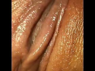 Bbw Lesbian Quickly Masturbates To Orgasm - Close-up