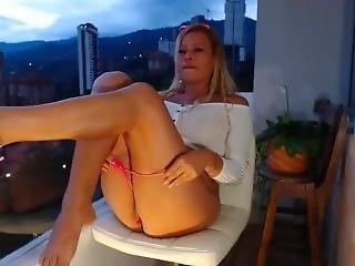cul, gros cul, gros téton, latino, masturbation, mature, solo, jet de mouille, webcam