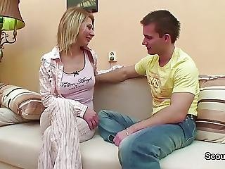 Stepsis Seduce Step Bro To Fuck In The Morning After Part