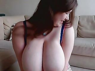 Jennica Lynn Huge Tits Solo Masturbing 1