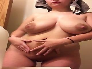 Chubby Girl Removes Towel