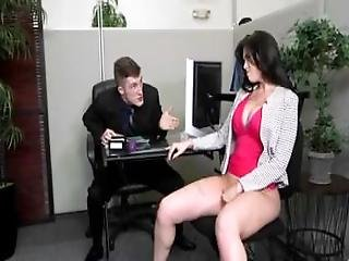 Curvy Slut Gets Her Pussy Drilled