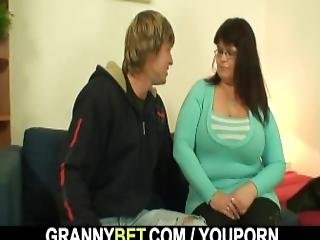 He Picks Up Busty Lady In The Metro