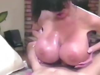 Sofia Staks Cleaner Boobs Hot
