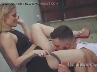 babe, stort bryst, blond, slik, massage, pornostjerne, fisse, fisse slikning, ryger, tilbedelse