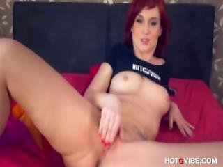 Screaming Gorgeous Redhead Babe With Massive Ass