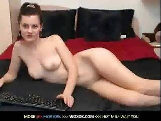 Brunette Posing Naked On Webcam