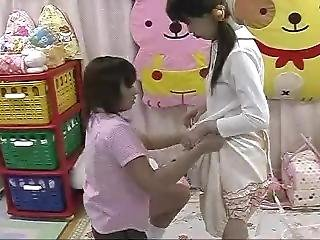 Babysitters 4 Japanese Diaper Play