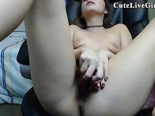 Chat Rooms Cutelivegirls.com Beautiful Wife Flashing
