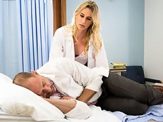 anal, rompe, vakker, stor pupp, blond, blowjob, deepthroat, kukk, doktor, fiskenett, knulling, shemale, transseksuell