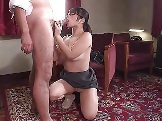 Sexy Cute Japanese Girl Sucks Gv00179