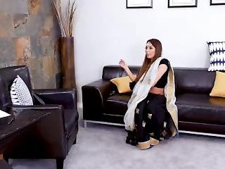 Inexperienced Indian Maid With Big Boobs