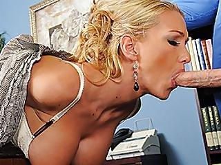 Anal, Eier, Gross Titte, Blondine, Ins Gesicht, Ficken, Hacken, Hohe Hacken, Büro