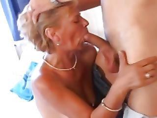 Dikke Borst, Blonde, Borst, Volwassen, Milf, Sexy, Kort Haar, Jong