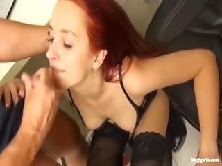 Amateur Punk Girl Mit Dicken Naturtitten