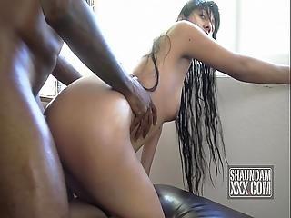 Sexy Mexi Oil Massage