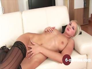 6 Movies Com Blonde Girl Enjoy Herself At Home