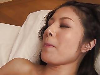 Lovely Babe With Great Tits Get A Warm Creampie