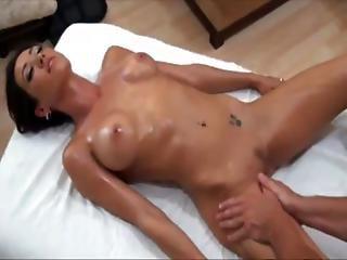 Pornstar Gets Licked And Fucked