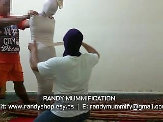 Mummified Indonesian Girl 016 - Clip