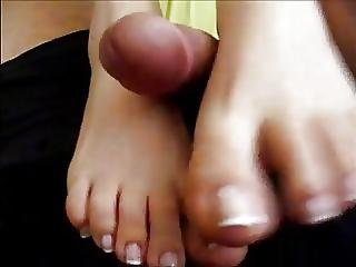 Boyfriend Make Me Awake By Rubbing My Feet Cumshot