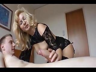 Sexdatingmilfs.net Hot Wet Milf Amazing