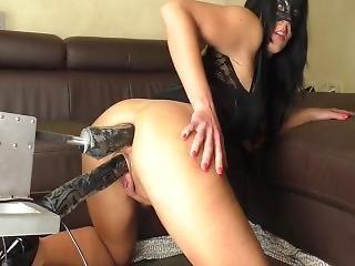 κώλος, μεγάλος κώλος, δονητής, γαμήσι, μηχανή του σεξ, αυνανισμός, squirt, παιχνίδια, webcam