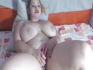 Horny Chunky Woman