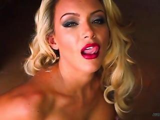 Jenna Hoskins Naked