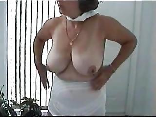 Sandie S Big 34dd Tits