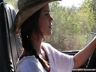 En Evissa Sex At The Wrangler Jeep - Little Caprice